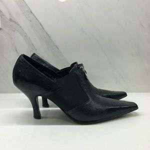 Donald J. Pliner Shoes - 👠👠Donald J Pliner 👠👠booties